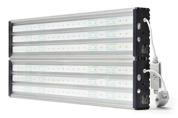 sevkavsvet-uss-150-svetodiodniy-svetilnik